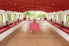 6 bed rooms houseboats in alleppey