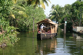 eco friendly pounding houseboats in alleppey